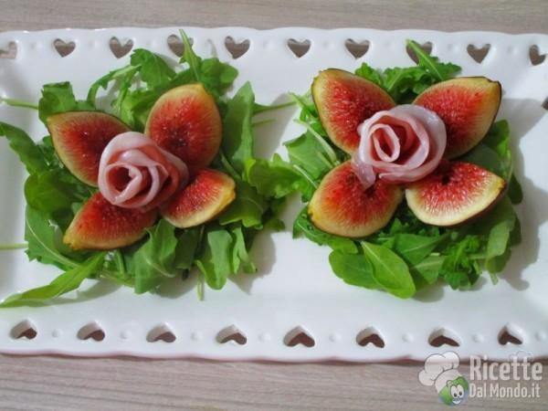 Rose di fichi e prosciutto crudo dolce di Parma 6