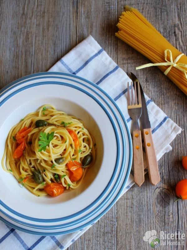 Ricetta spaghetti con pomodorini gialli del Vesuvio