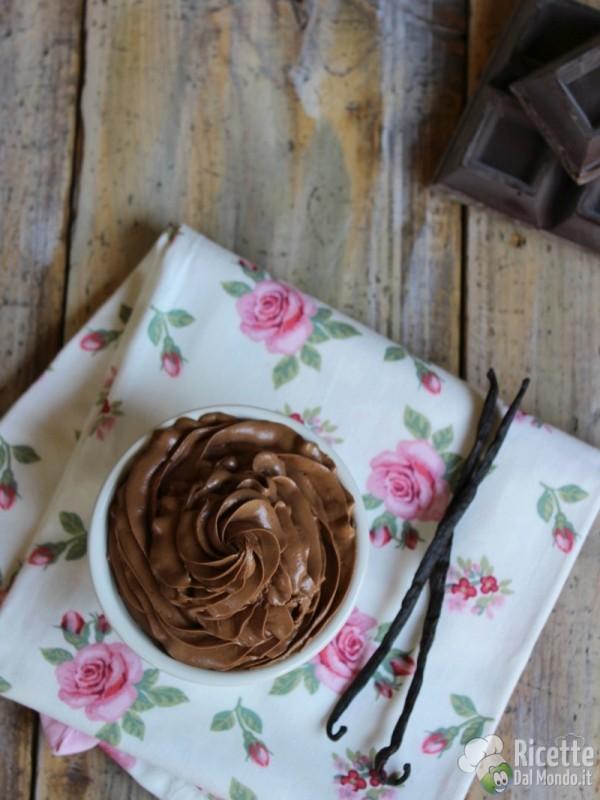 Come fare la crema al burro al cioccolato