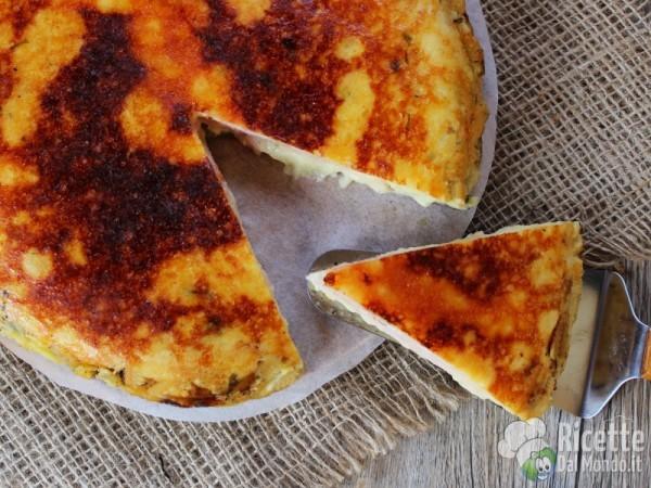Pizza di patate in padella facile