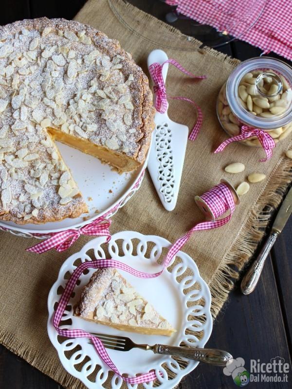 Come fare la Torta della nonna al cioccolato bianco
