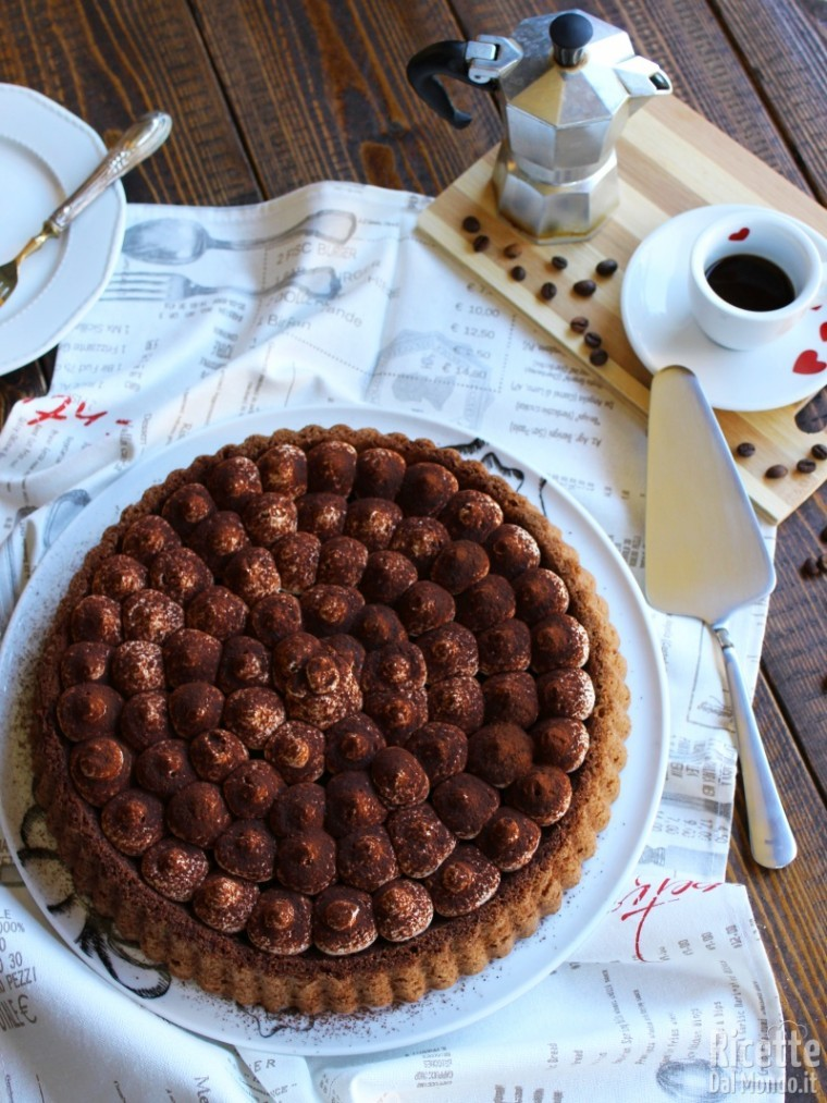 Crostata morbida al tiramisù al caffè