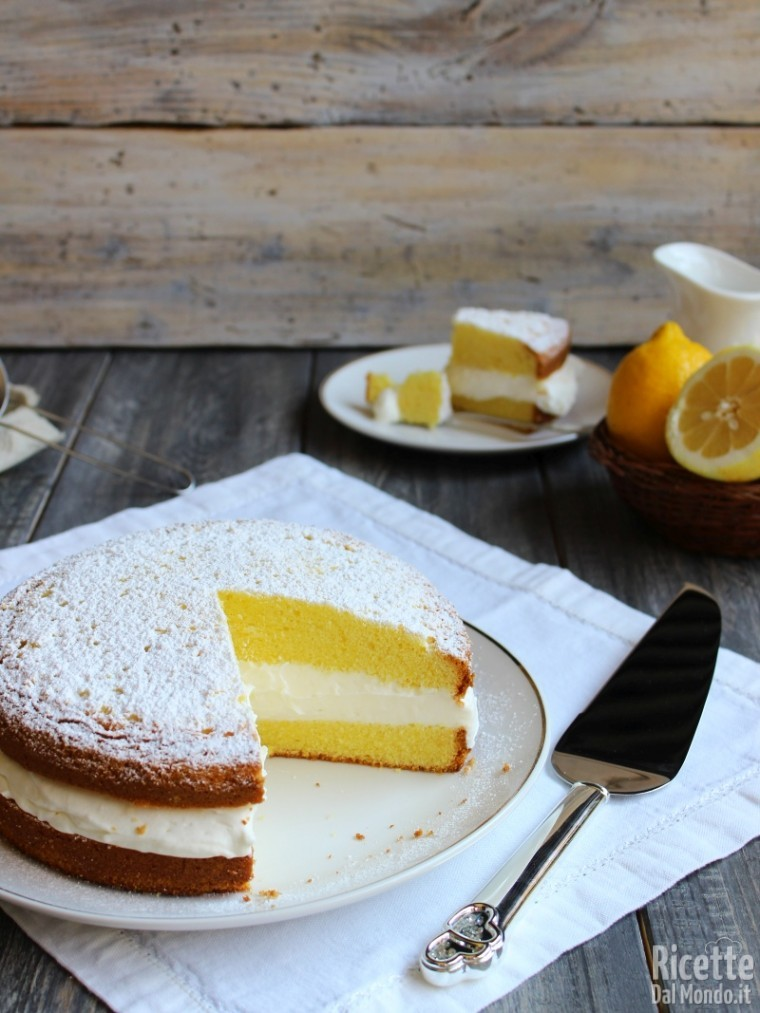 Come fare la Torta paradiso farcita con crema al latte