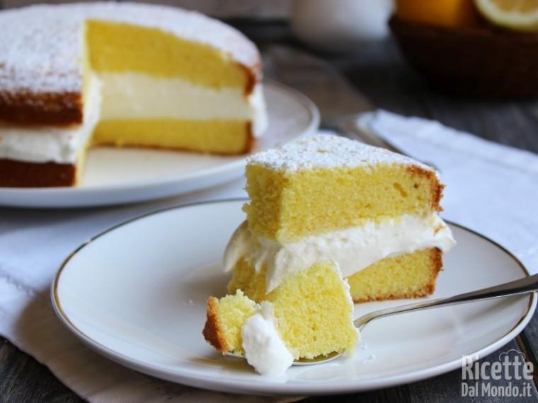Torta paradiso farcita con crema al latte sofficissima