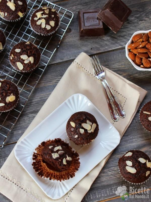 Muffin cioccolato e mandorle veloci