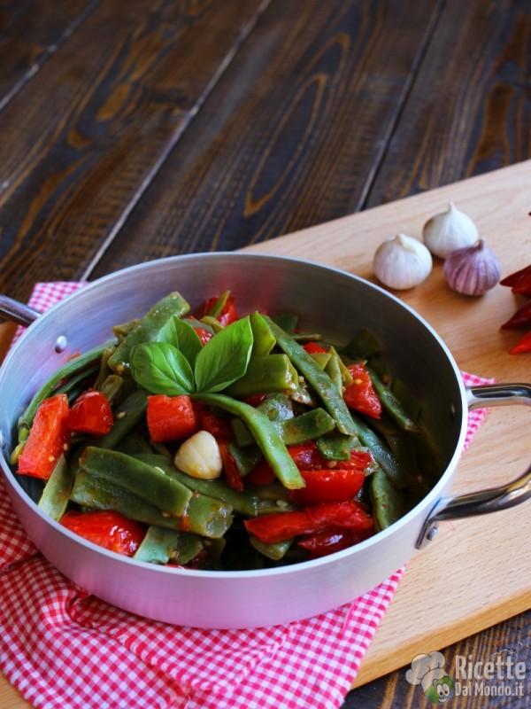 Ricetta Taccole al pomodoro fresco