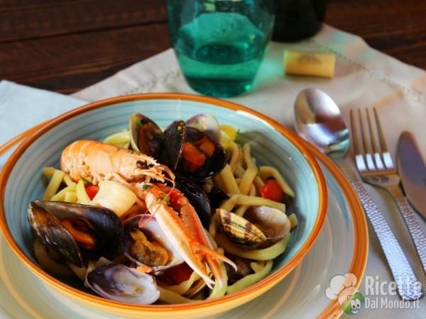 Ricetta Scialatielli ai frutti di mare