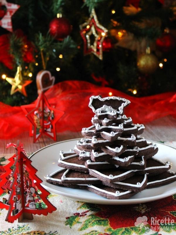 Come fare l'albero di Natale di biscotti al cioccolato