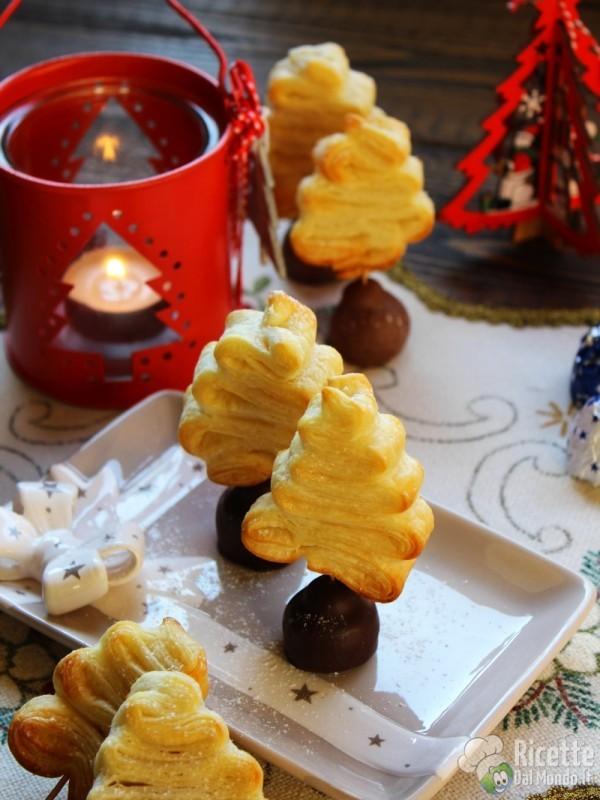 Come fare gli Alberi di Natale di pasta sfoglia dolci