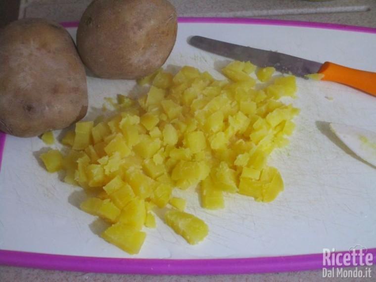 Paccheri fritti ripieni di calamari e patate 3