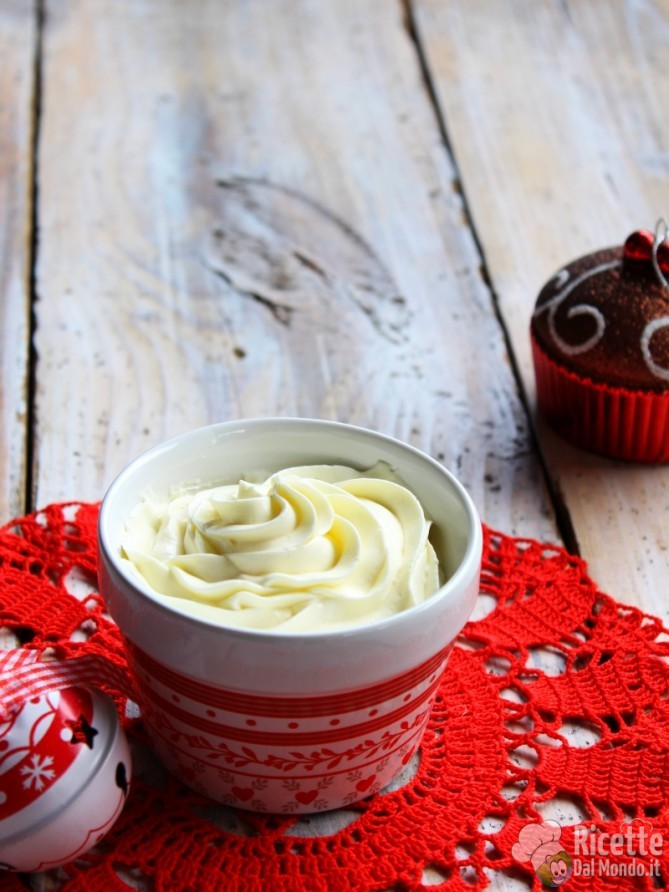 Come fare la Crema al mascarpone per panettone