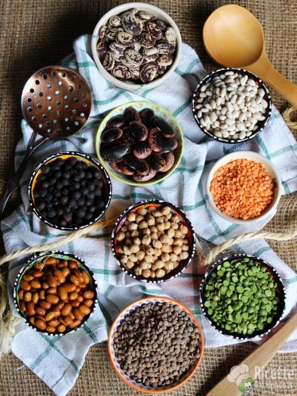 Come Cucinare I Legumi Secchi Ricettedalmondo It