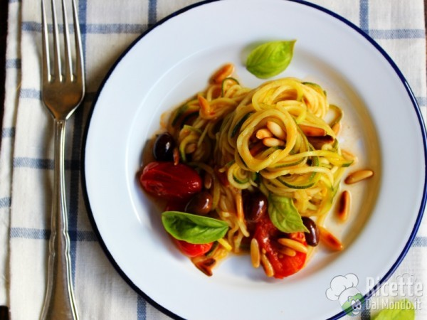 Spaghetti di zucchine vegan