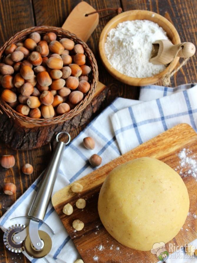 Pasta frolla alle nocciole, ricetta semplice