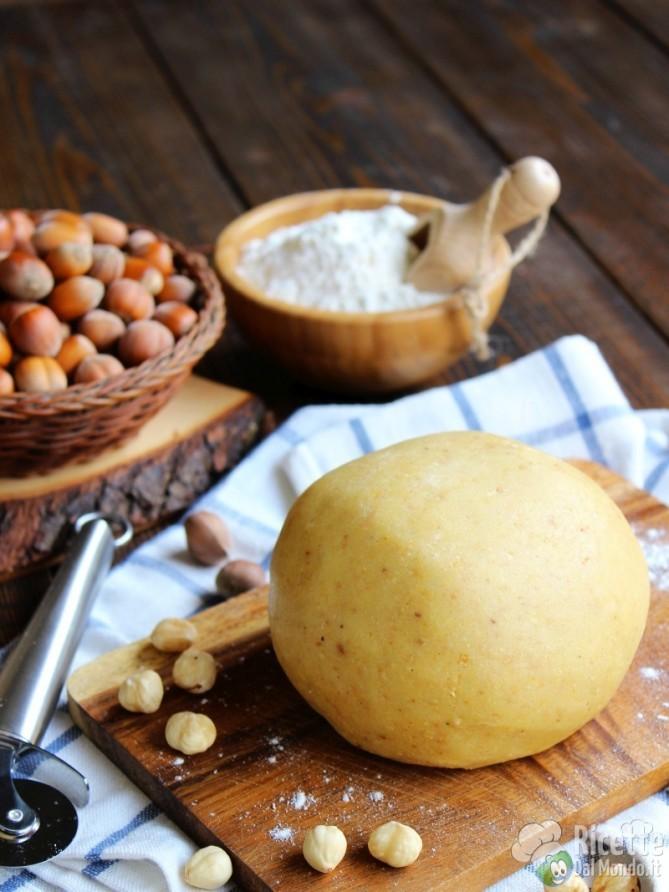 Come fare la Pasta frolla alle nocciole