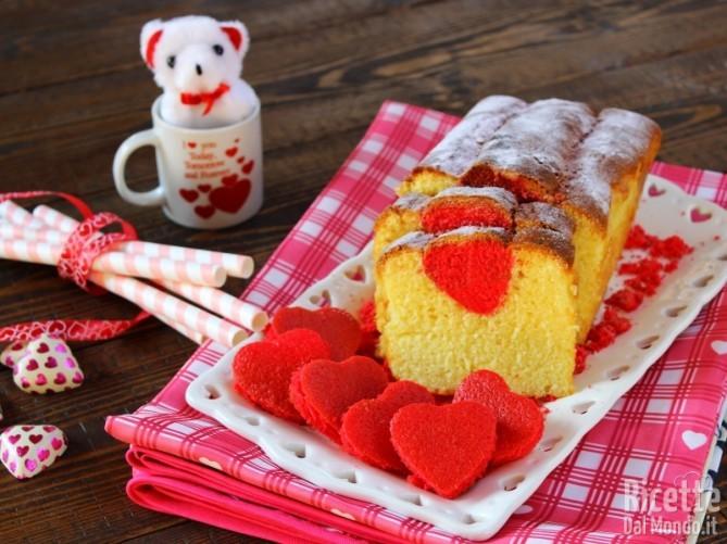 Plumcake con cuore a sorpresa rosso