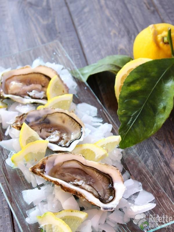 Come fare le Ostriche al limone crude