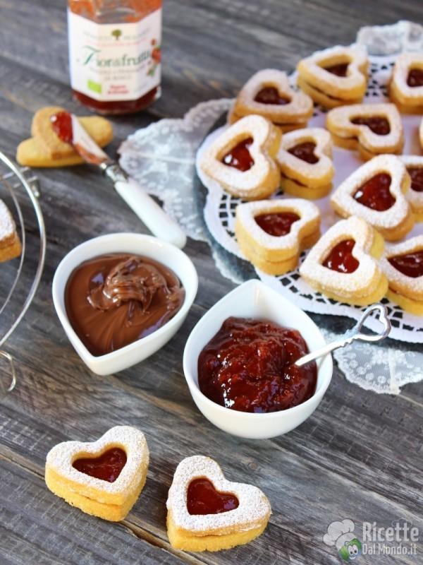 Come fare i Biscotti di san valentino farciti