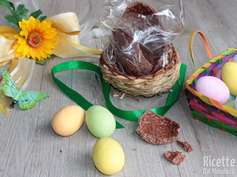 Uovo di Pasqua nocciolato fatto in casa