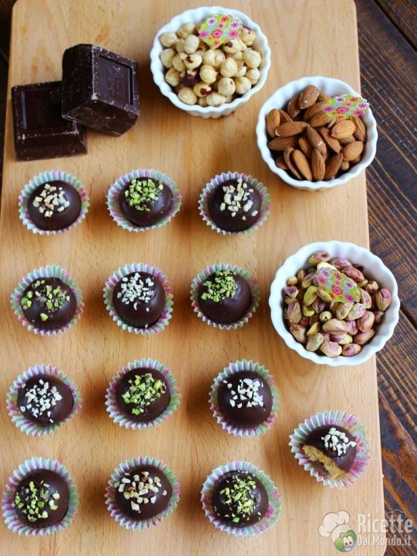 Tartufi di colomba al cioccolato