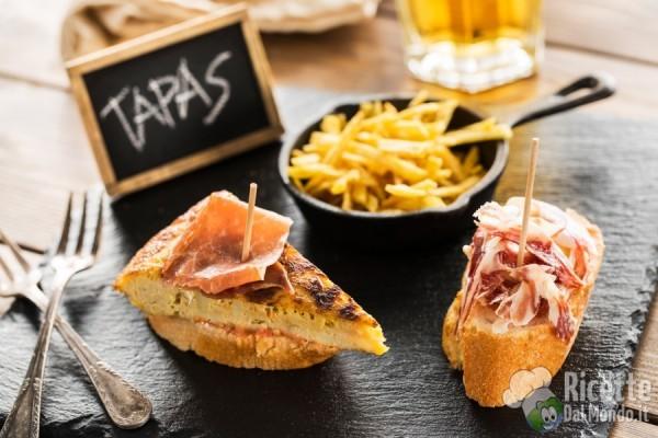 I piatti da provare in Spagna: le tapas