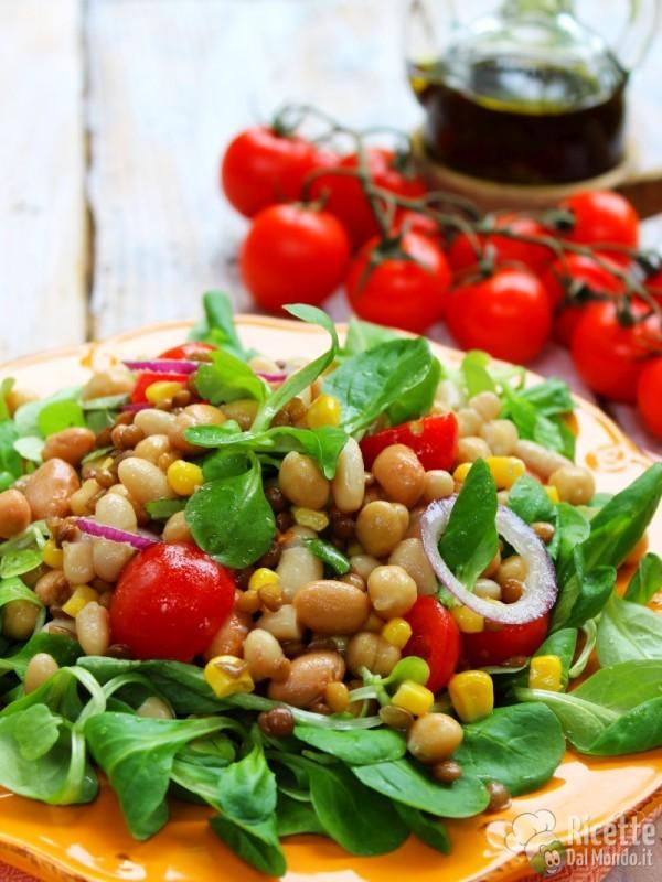 Semplice insalata di legumi