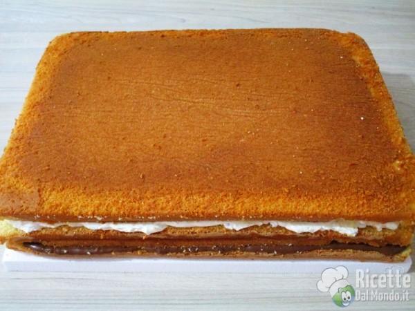 Torta della sirenetta Ariel in pasta di zucchero 7