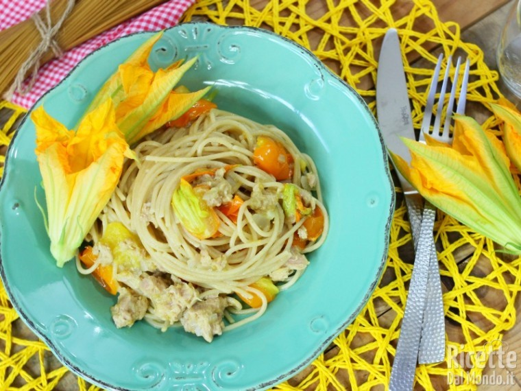 Ricetta spaghetti integrali con pomodorini gialli e tonno