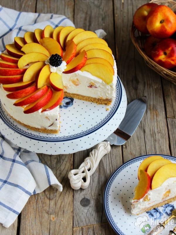 cheesecake alle pesche e yogurt semplice e veloce