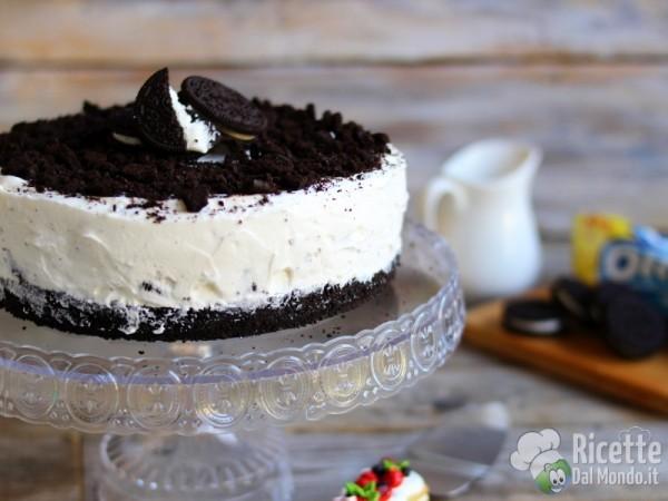 Semplice torta gelato Oreo