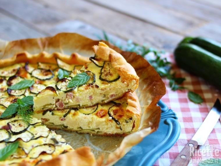 Ricetta Torta salata di brisè con zucchine e bacon
