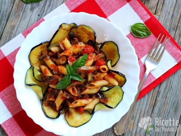 Ricetta pennette alla siciliana con melanzane e funghi