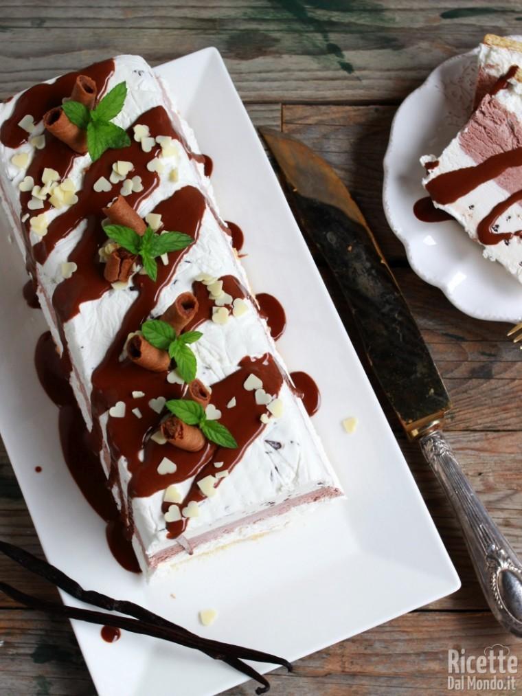 Torta gelato vaniglia e cioccolato semplice