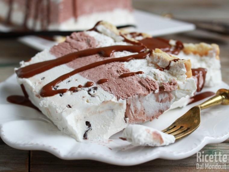 Torta gelato vaniglia e cioccolato fatta in casa