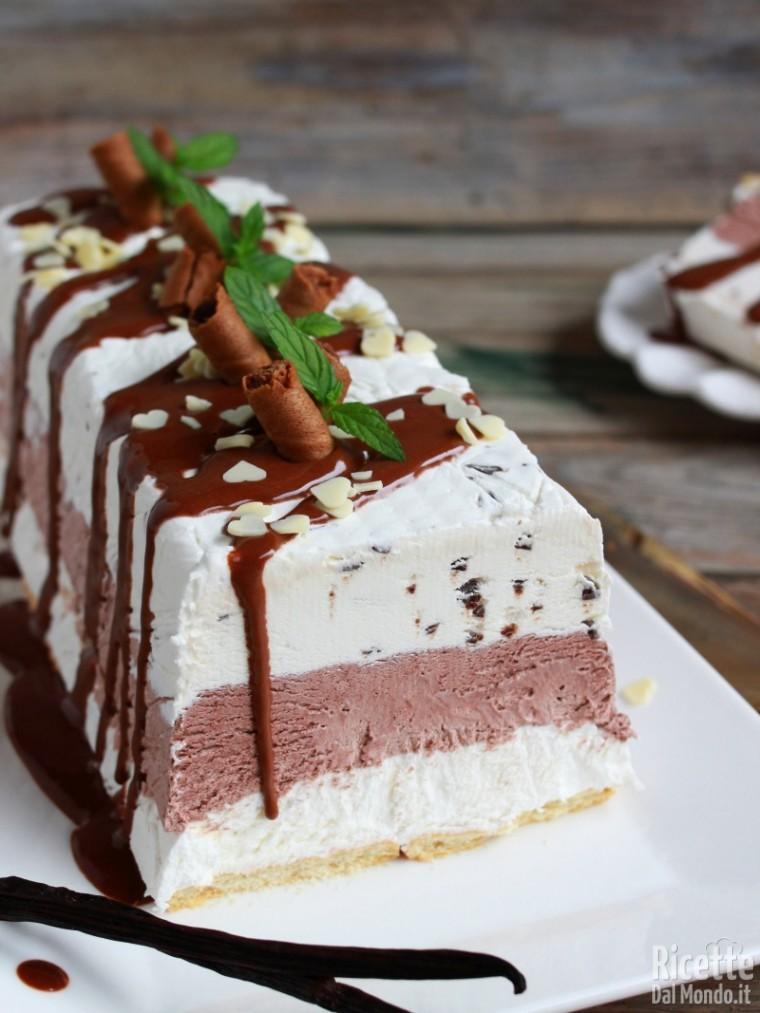Come fare la torta gelato vaniglia e cioccolato