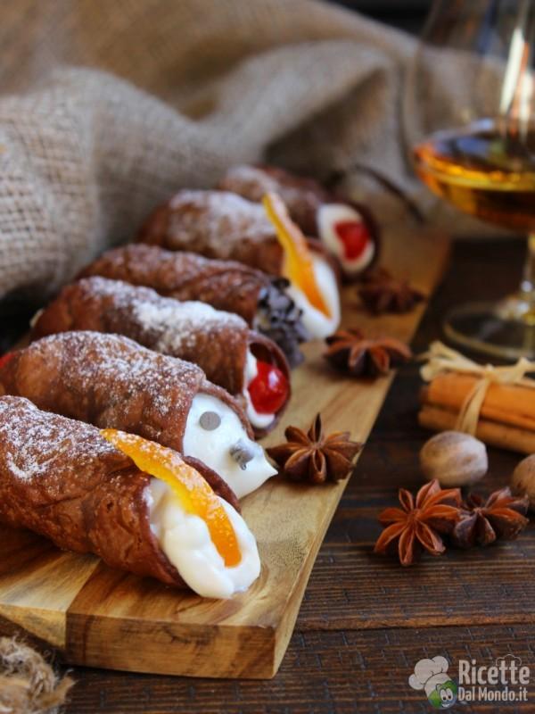 Street food siciliani - cannoli