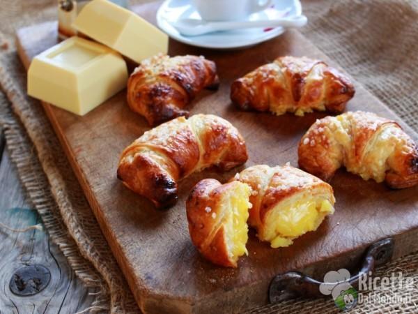 Ricetta croissant al cioccolato bianco