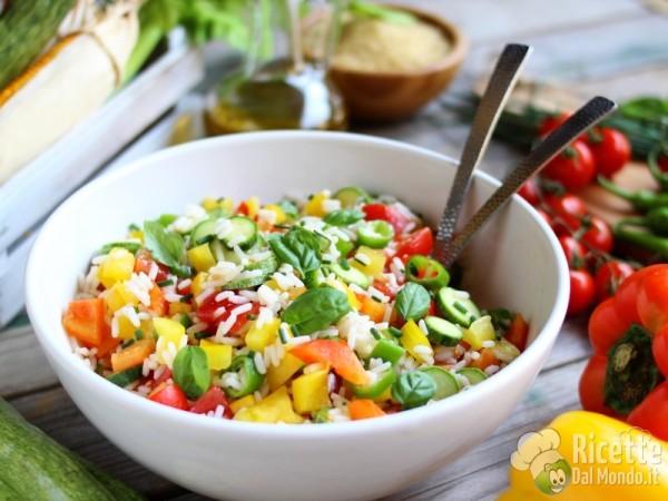 Ricetta insalata di riso con verdure crude