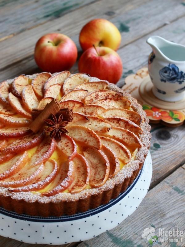 Come fare la crostata di mele e crema pasticcera