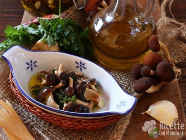 Funghi sott'olio, ricetta facile
