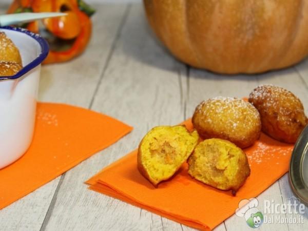 Frittelle dolci di zucca: ricette di Halloween