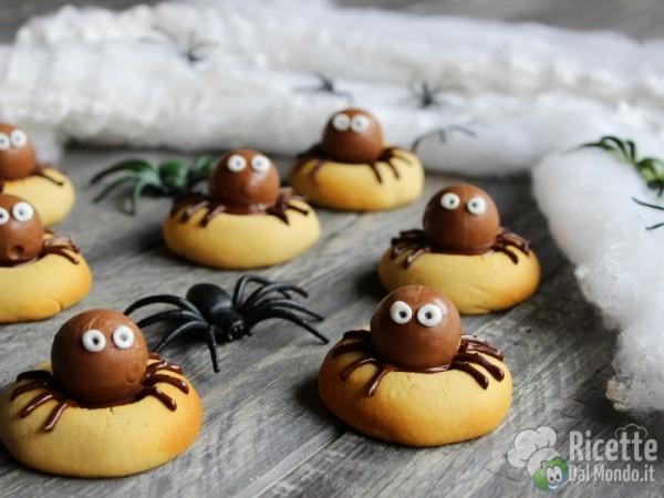 Biscotti col ragno: ricette di Halloween