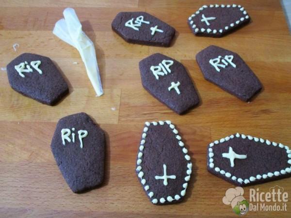Frollini bara di cioccolato di Halloween 9
