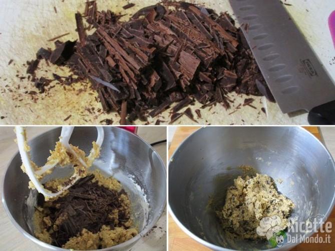 Unire il cioccolato tritato con il coltello