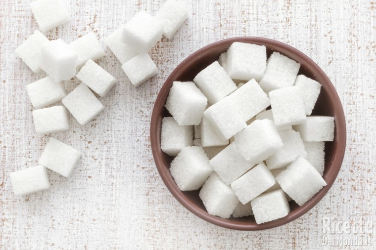 Zucchero bianco o di canna: integrale o raffinato?