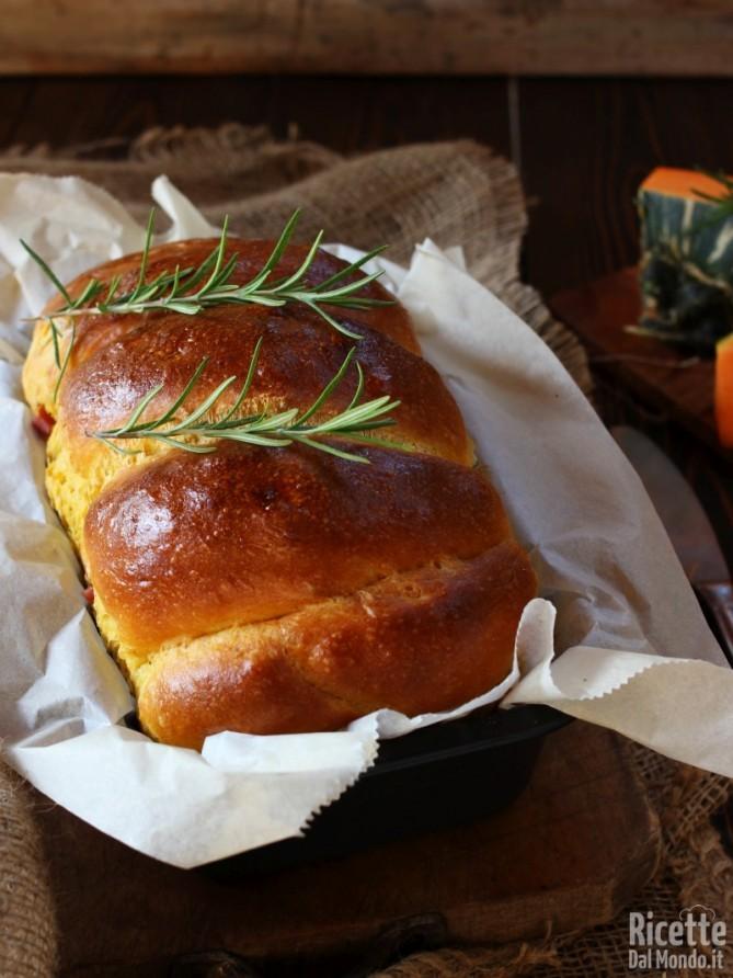 Pan brioche alla zucca salato di Halloween