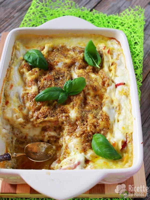 Come fare le lasagne al pesto di pistacchio e speck