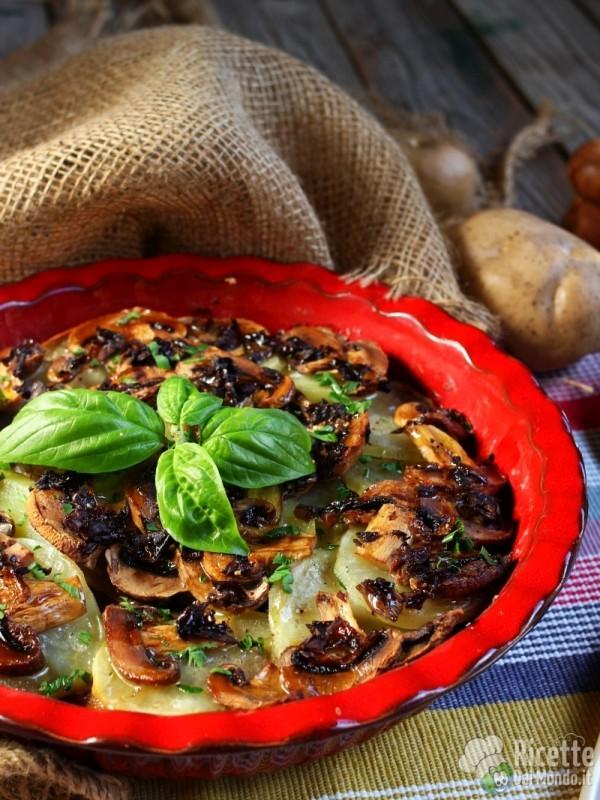 Come fare un semplice tortino di funghi e patate