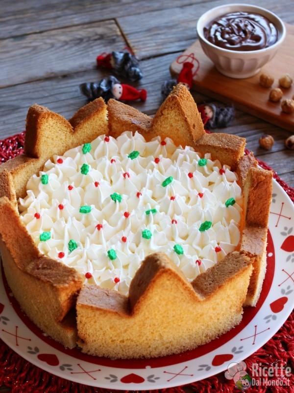 9f06b06241a5 Ricetta torta pandoro di Natale Come fare la torta pandoro Torta pandoro con  Nutella e crema