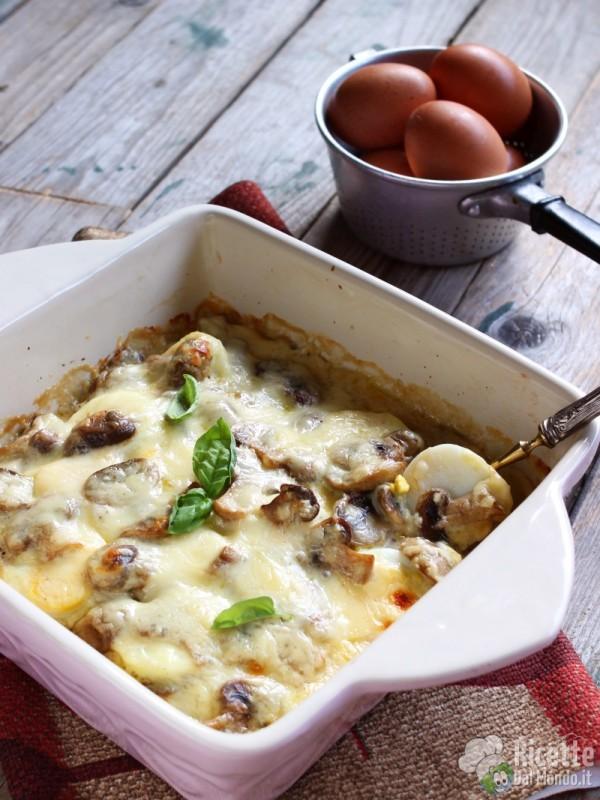 Gratin di uova e funghi al forno